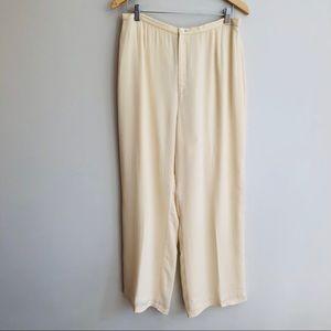 Banana Republic Vintage Flowy Pants in Cream